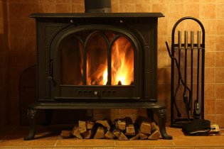 Burning wood stove